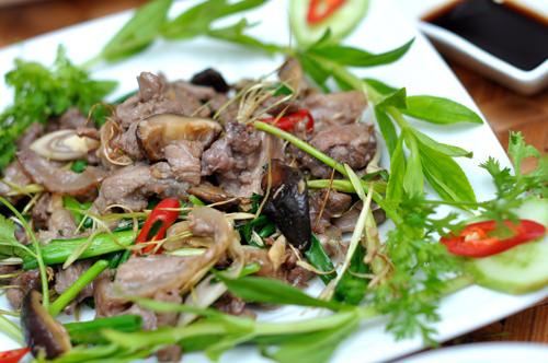 Cách chế biến thịt chó xào lăn đổi món cho bữa cơm cuối tuần