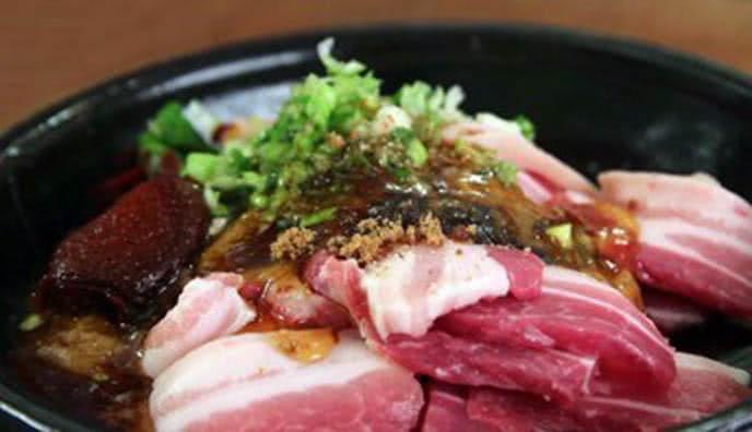 Cách làm thịt ba chỉ nướng kiểu Hàn Quốc ngon tại nhà 3