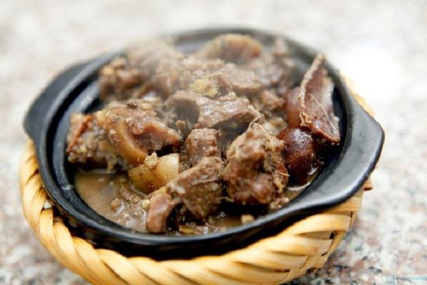 Nhìn hấp dẫn, ăn mê li với cách nấu thịt chó miền Bắc thơm nức mũi 1