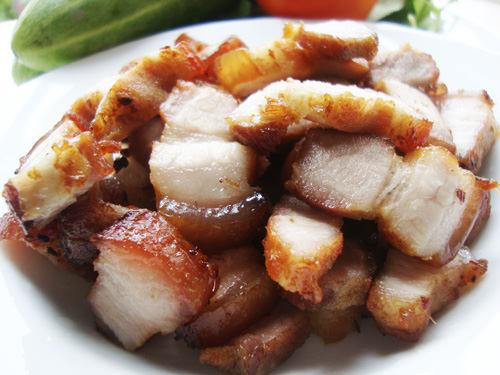 Khám phá món thịt ba chỉ chiên nước mắm kiểu Thái cực đưa cơm 1
