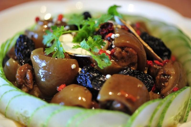 Tẩm bổ cuối tuần với món thịt chó hầm thuốc bắc dậy hương hấp dẫn 3
