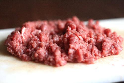 Cách nấu cháo thịt bò cho bé 1 tuổi, giúp bé hay ăn chóng lớn hơn 2