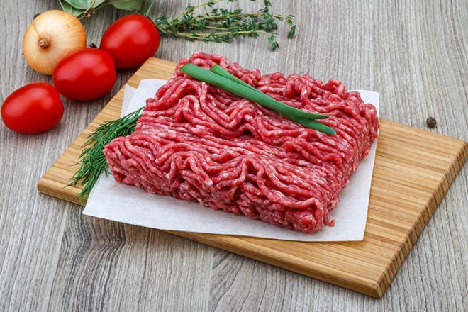 Cách nấu cháo thịt bò cho trẻ 2 tuổi ăn ngon không cần phải ép 1