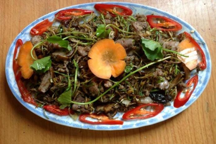 Cách làm món thịt chó xào rau má 1