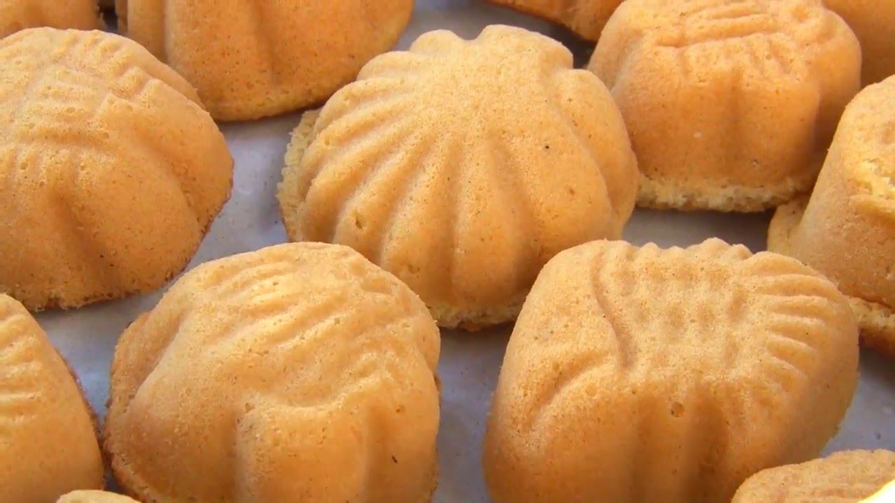 Cách làm bánh bông lan ngon tại nhà 4