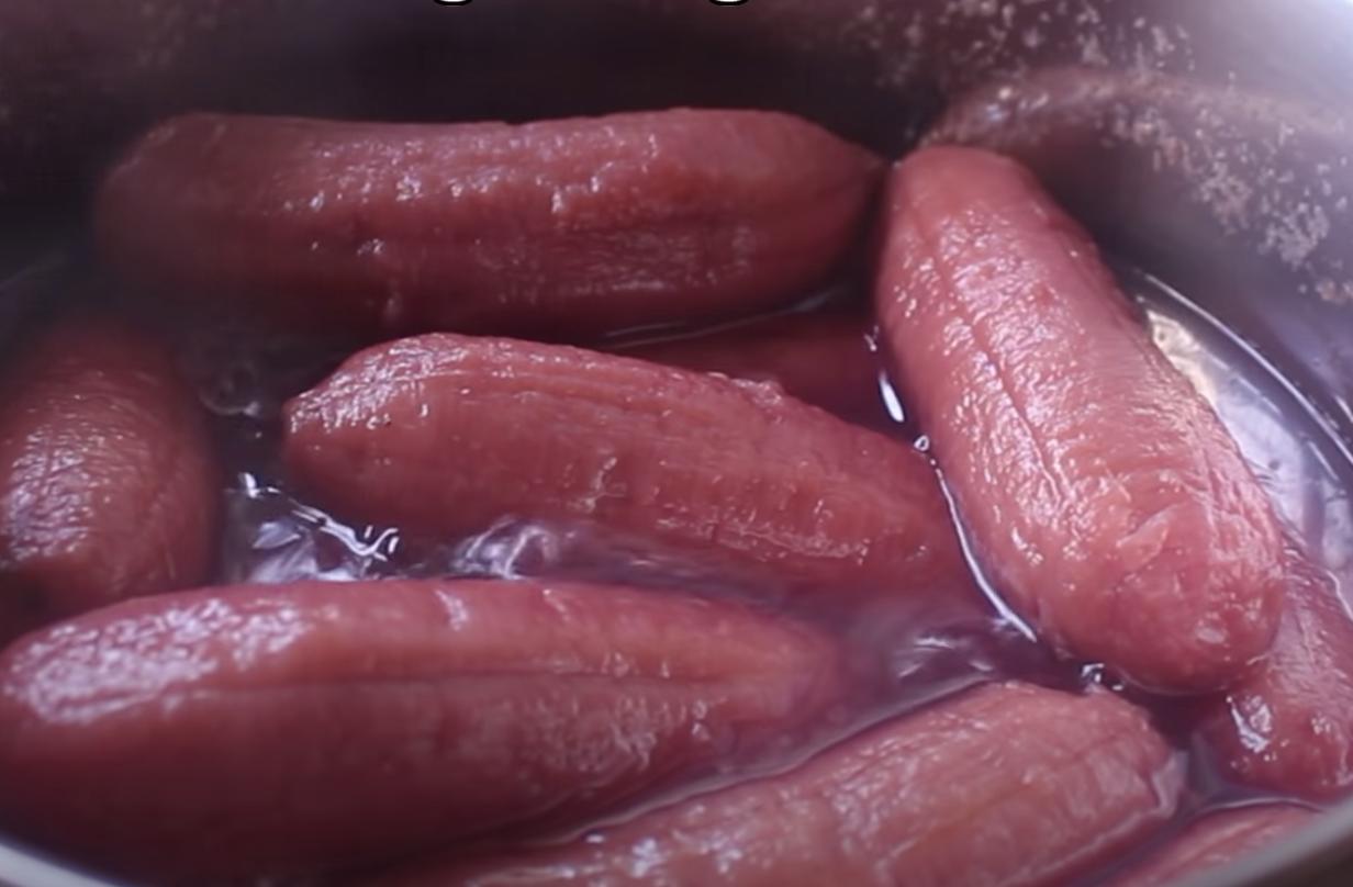 cách làm bánh chuối nướng màu đỏ 8