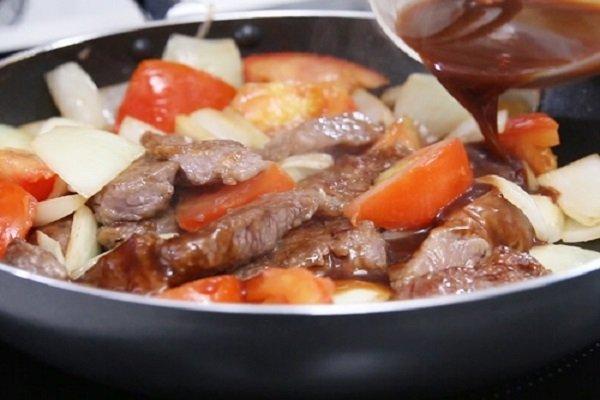 cách nấu bò sốt vang 2