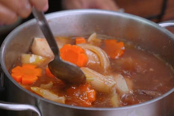 cách nấu bò sốt vang