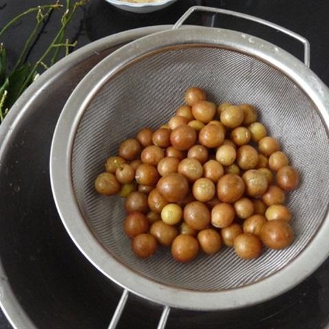 cách làm quất hồng bì ngâm mật ong 2