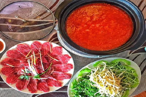 thịt bò nhúng ớt chua cay 3