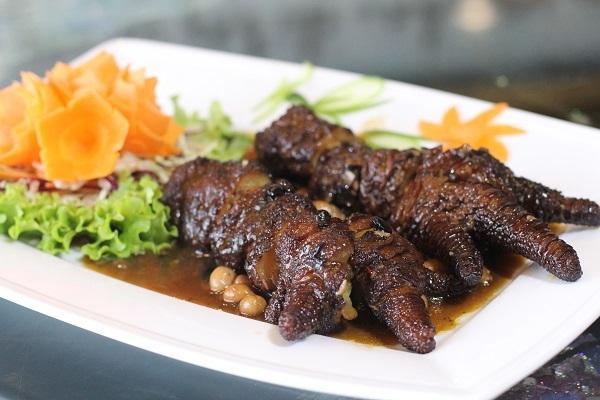 Chân gà Đông Tảo hấp tàu xì