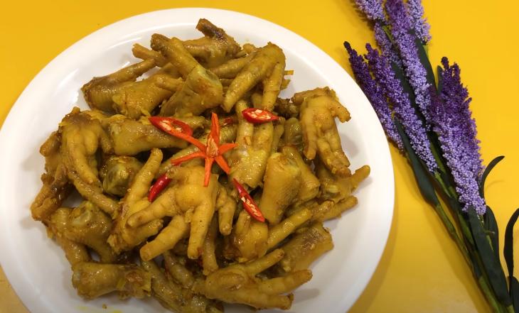 Cách làm chân gà xào sả ớt 6