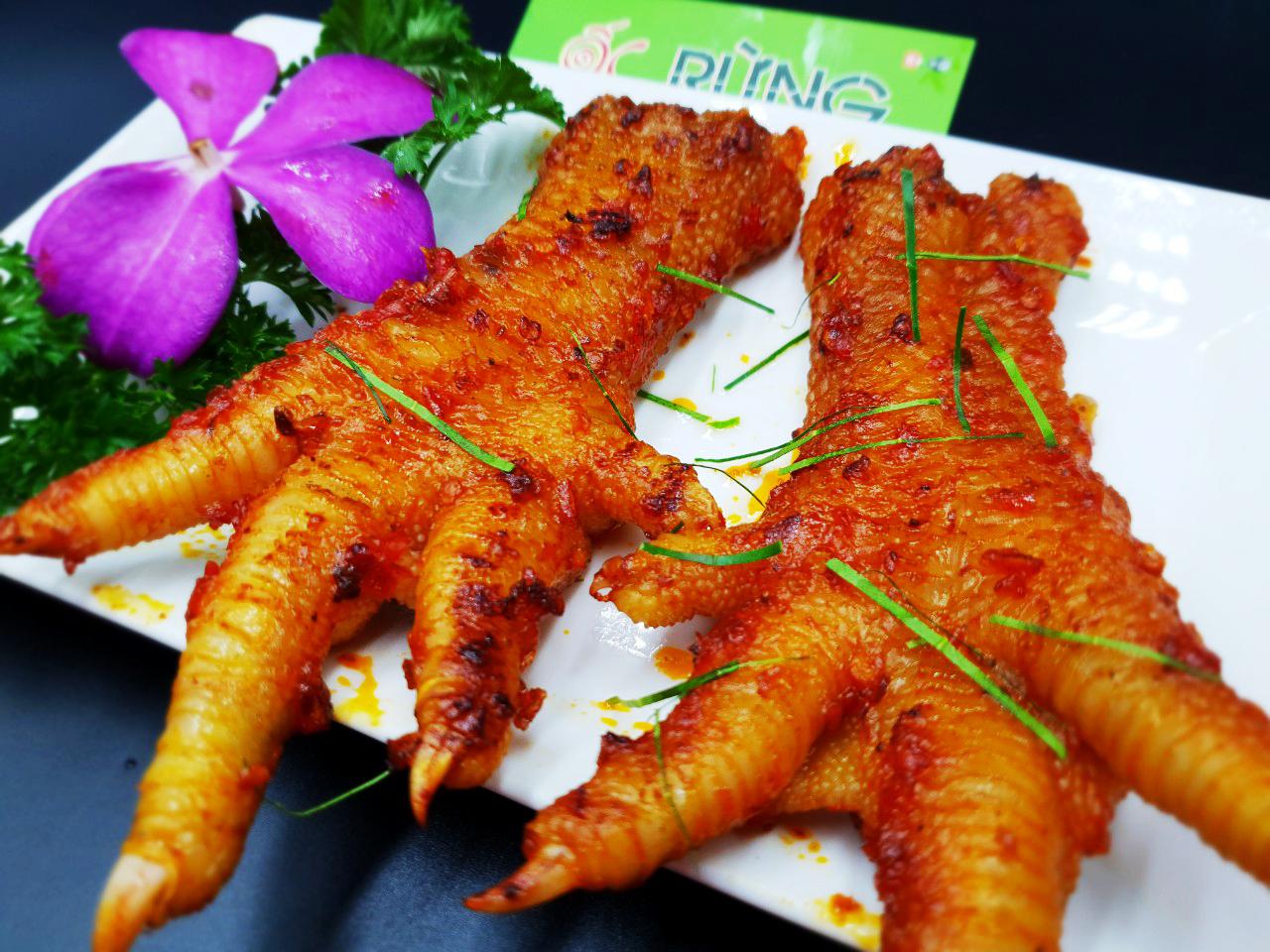 Chân gà Đông Tảo nướng