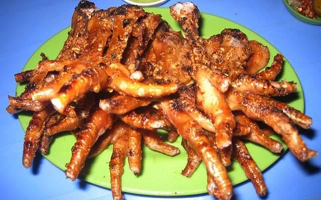 Chân gà rút xương nướng