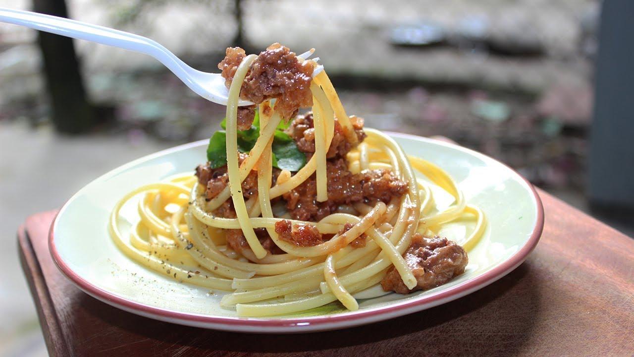 Cách làm mỳ Ý sốt bò bằm phô mai