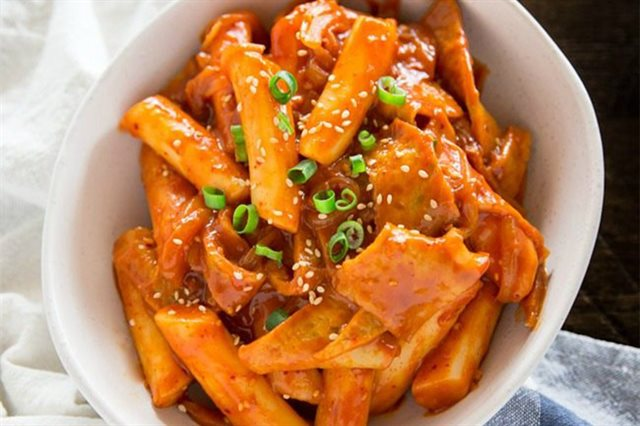 cách nấu tokbokki chả cá