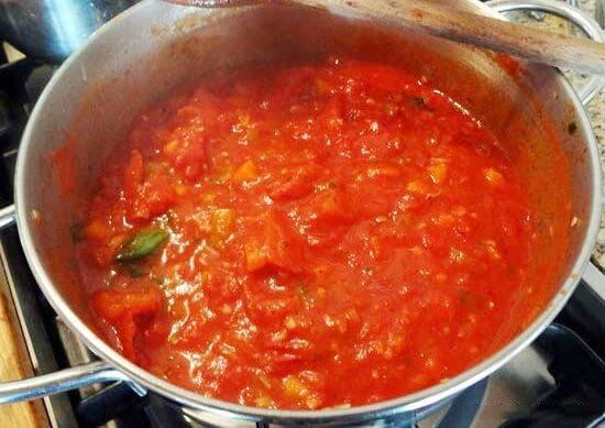 Làm nước sốt cà chua