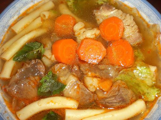 cách nấu nui thịt bò