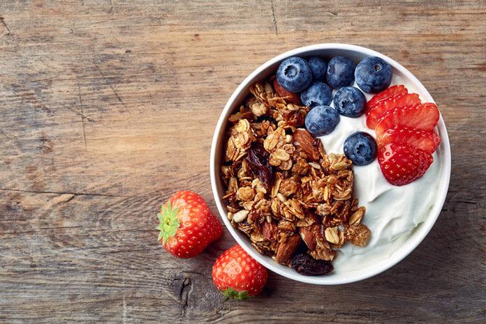 Thử sức đi tìm lời giải: Giảm cân bằng sữa chua có tốt không? 1