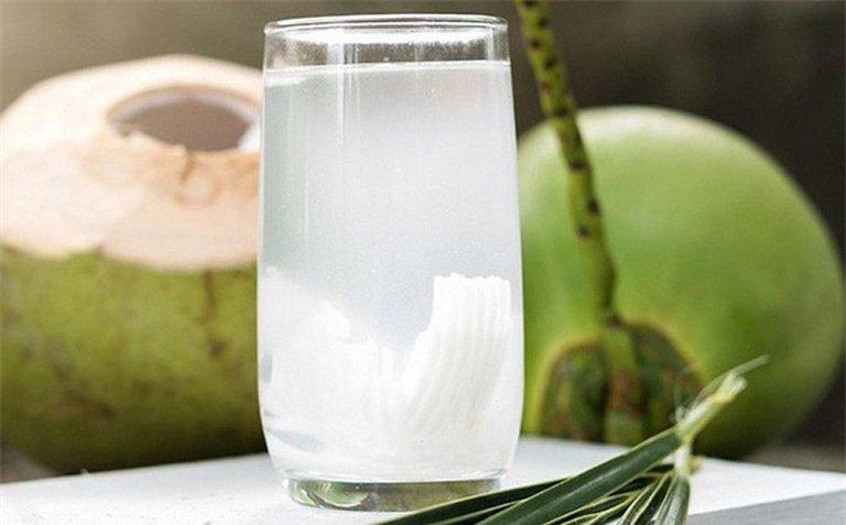 uống nước dừa tươi có tác dụng gì