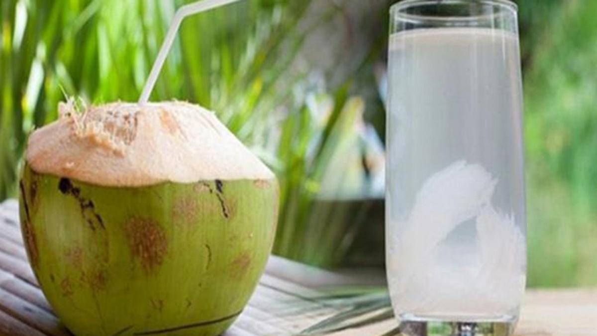uống nước dừa hàng ngày có tốt không
