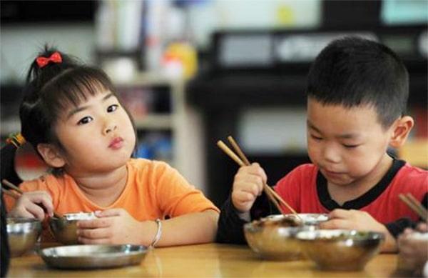 Ăn nhiều cơm có tốt không? Hai mặt của vấn đề, lợi bất cập hại 4