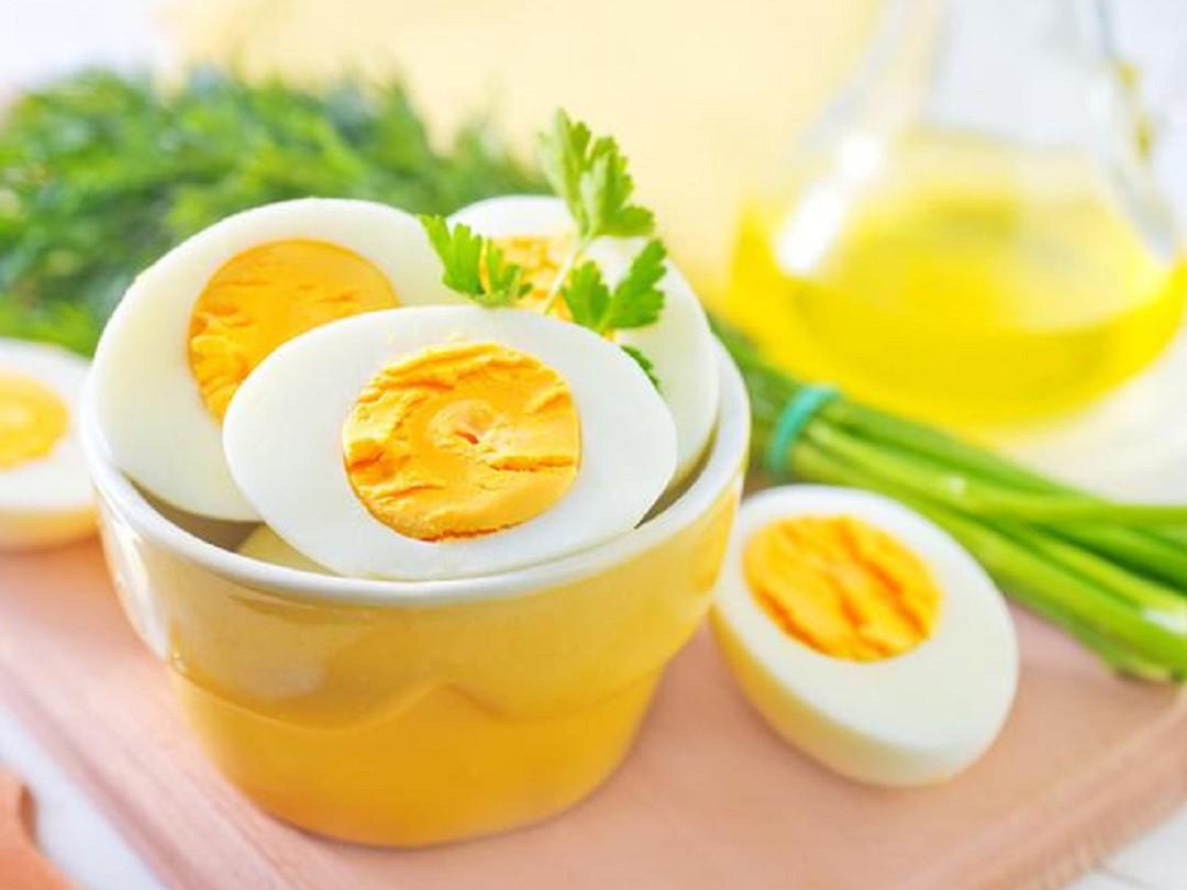 ăn trứng buổi tối có tốt không 1