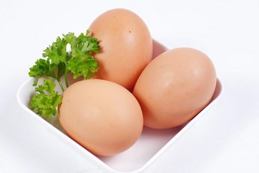 ăn trứng buổi tối có tốt không 2