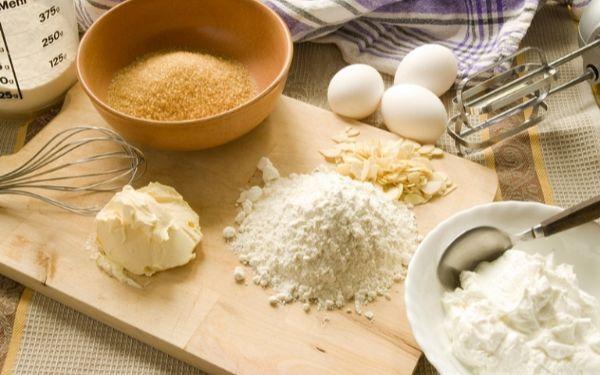 Cách làm bánh từ bột mì và trứng khiến bạn mê mẩn đến ngẩn tò te 0
