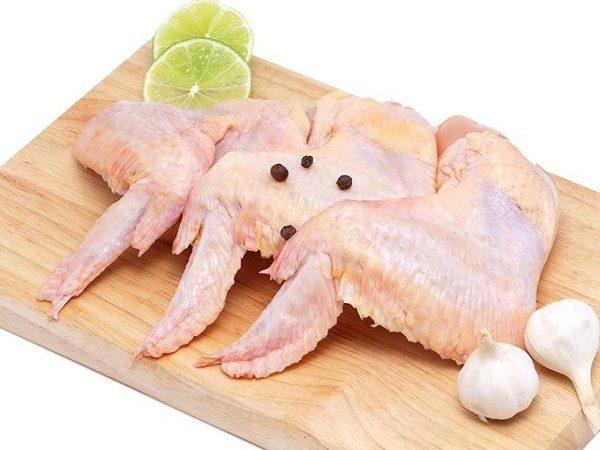 Cánh gà có hàm lượng calo tương đối so với các bộ phận khác