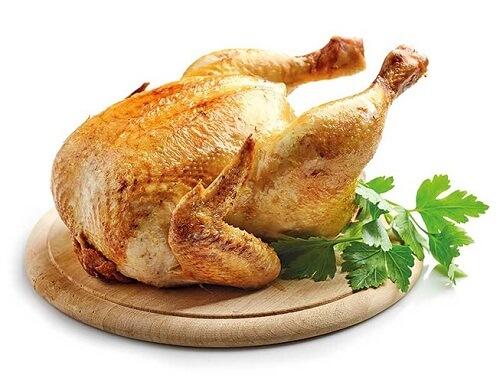 Thịt gà có hàm lượng calo tương đối