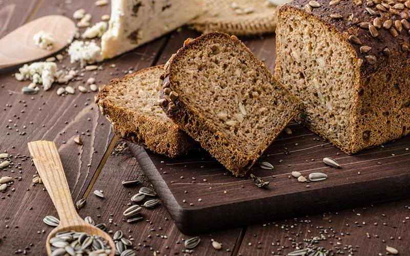 1 ổ bánh mì ngũ cốc bao nhiêu calo