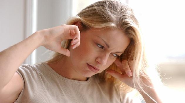 Bói ù tai với những điềm báo phong thủy tâm linh
