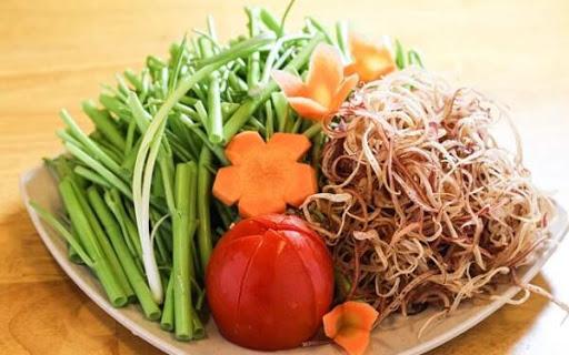 Rau ăn kèm lẩu thái chua cay