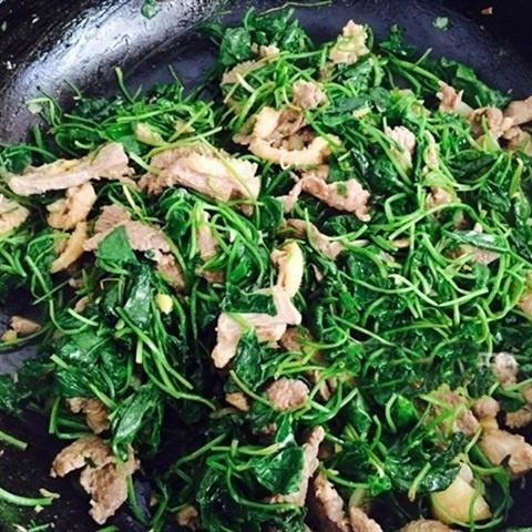 cách làm thịt ngan xào rau má