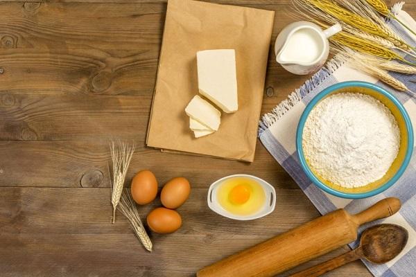 Cake flour dùng làm bánh gì?