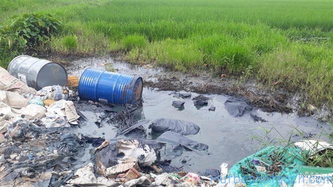 Nguồn đất bị ô nhiễm