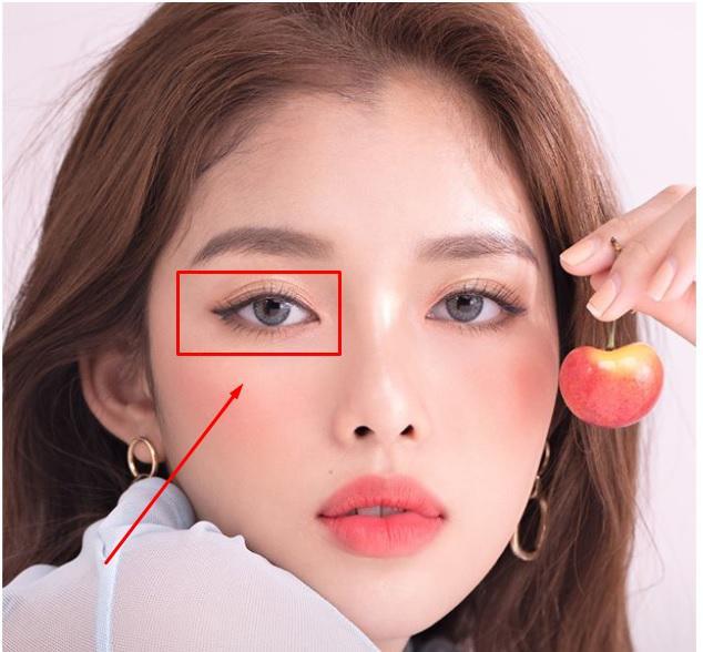 Nguyên nhân nháy mắt phải theo cả khoa học lẫn phong thủy