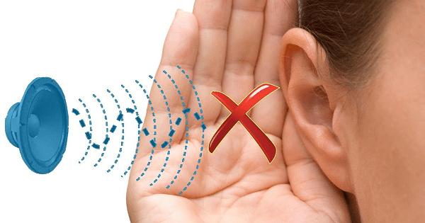 Tiếng ồn lớn gây ra hiện tượng ù tai