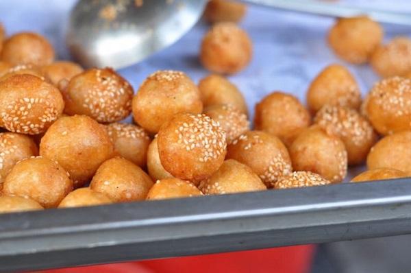 Bánh rán bi Ô Quan Chưởng - Hà Nội