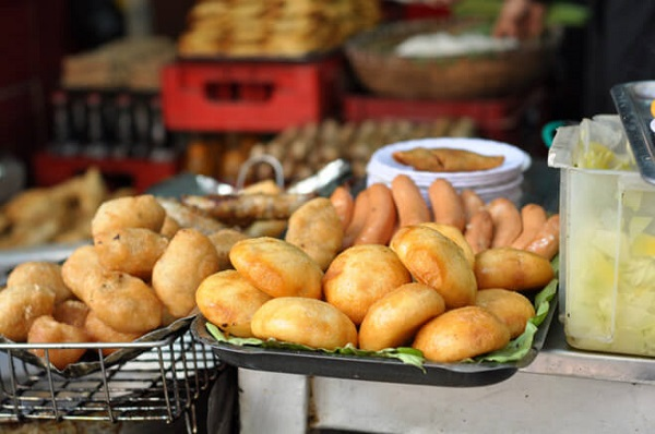 Bánh gối, bánh rán mặn Lý Quốc Sư - Hà Nội