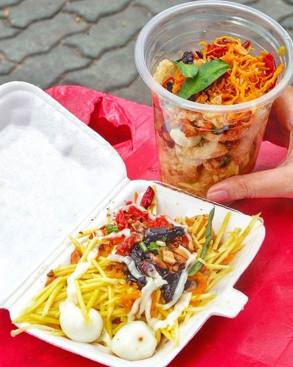 Khu ăn vặt Nguyễn Kim - Sài Gòn