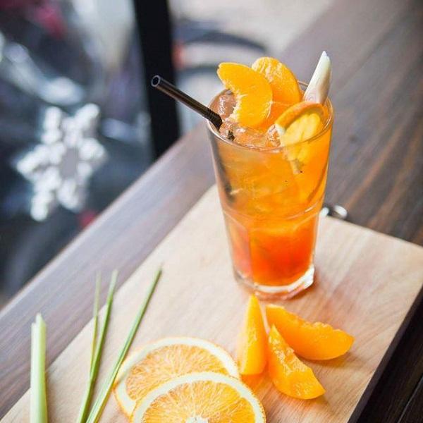 cách làm trà đào cam sả 7