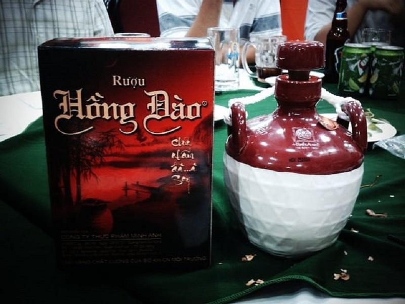 Rượu Hồng Đào Hội An