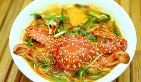 Bánh canh ghẹ chả Kiên Giang