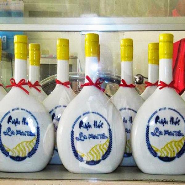 Rượu thóc La Pán Tẩn Yên Bái