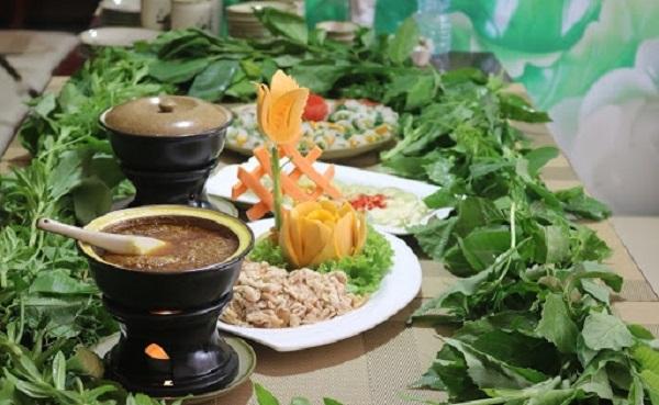 Gỏi cá mè Hiệp Hòa Bắc Giang