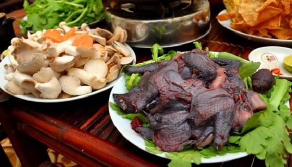 Lẩu gà đen Hà Giang
