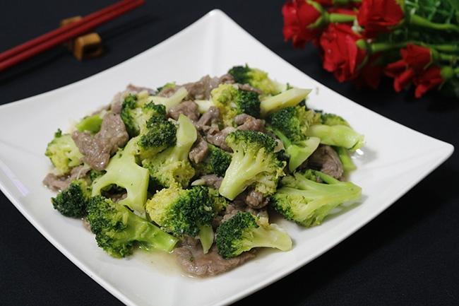 bông cải xào thịt bò 8