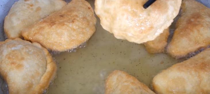 cách làm bánh gối nhân thịt 5
